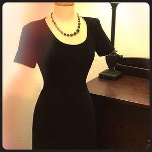 Dresses & Skirts - 💘Little Black Dress